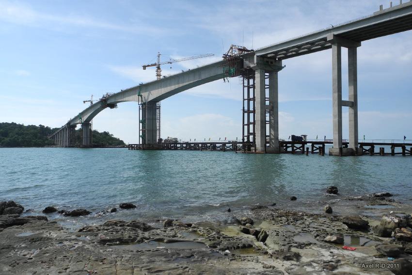 Adana'daki 570 Milyon TL'lik Köprü İhalesinin Sözleşmesi İmzalandı